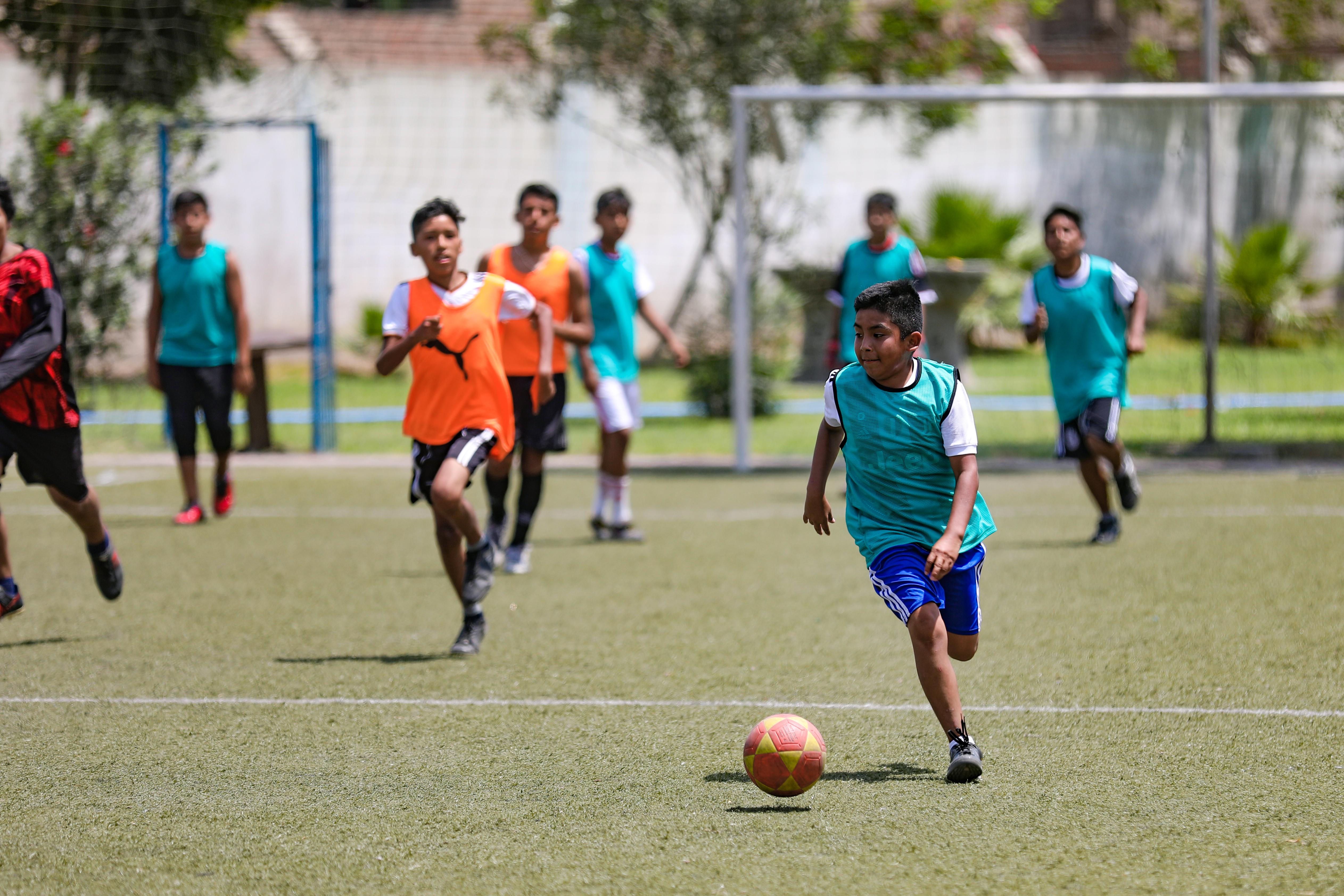 Escuela deportiva de fútbol 52796dc5be338