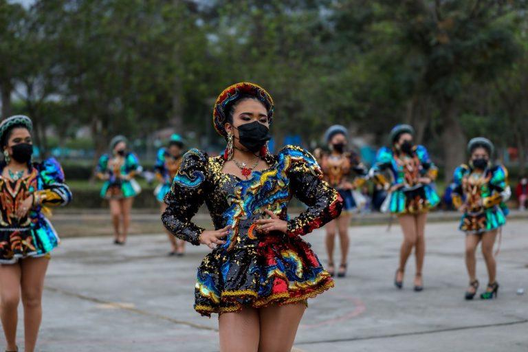 Vive el Día Mundial del Folclore en los clubes zonales con diversas presentaciones de danzas